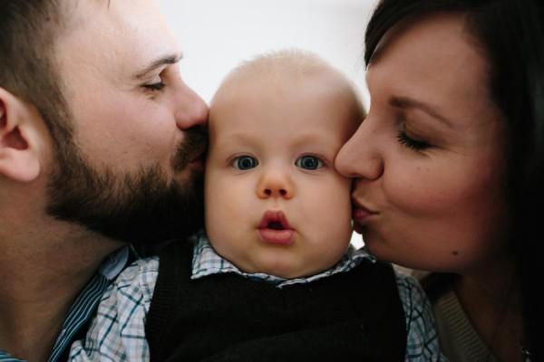 Fotograf Bremen - Familienfoto in Bremen Kleinkind und Eltern